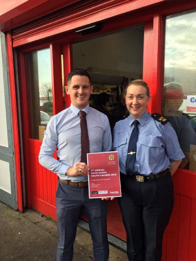 Barry'O'Donnell, retail manager, SuperValu, Achill Sound picture with Garda Michelle Murray from Newport Garda Station.