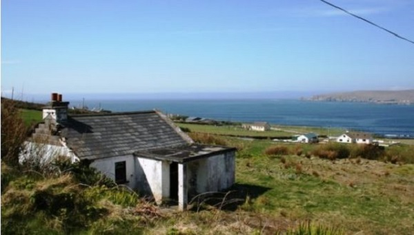 Glengad cottage